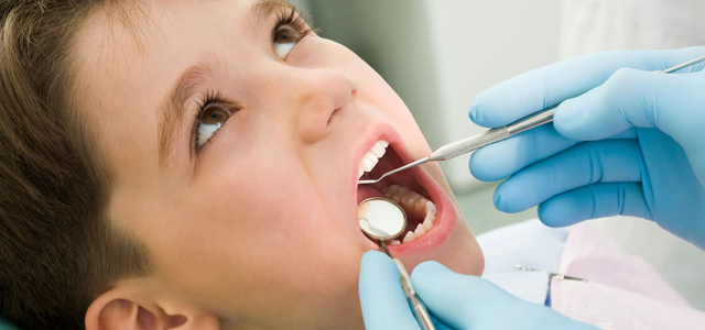 Çocuğunuzun Diş Yapısını Etkileyen Kötü Alışkanlıklar